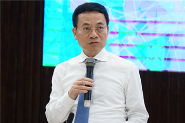 Ông Nguyễn Mạnh Hùng: 'Nên làm mạng xã hội, công cụ tìm kiếm thay Facebook, Google'